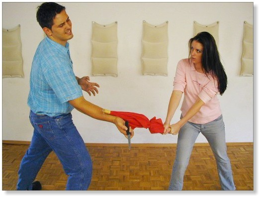 Selbstverteidigung mit improvisierten Mitteln