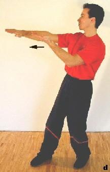 Sein rechter Arm wird zu Fak-Sao, sein linker vollzieht die